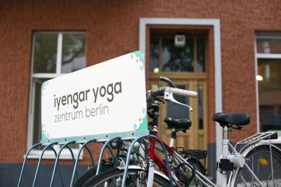 iyengar yoga by bike