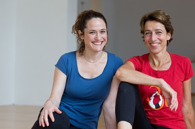 Iyengar Yoga Zentrum Berlin About Us - Elizabeth Smullens Brass + Katrin Voigt
