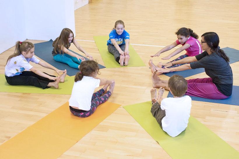 Kinder Yoga Klasse