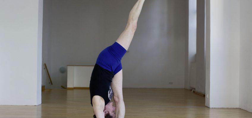 Elizabeth Brass Iyengar Yoga
